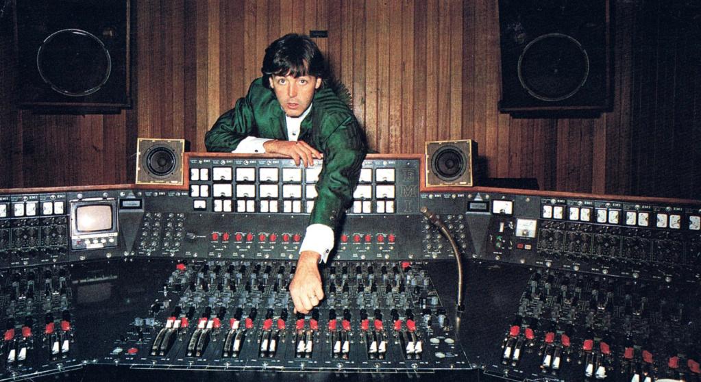 Monitor JBL 4320 dans le très célèbre studio d'Abbey Road  Img_0111