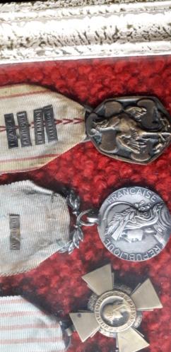 médailles d'André Koenig soldat de la 2ème DB  20190610