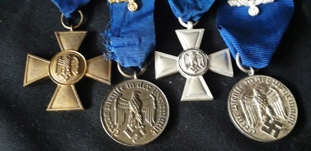 les quatres médailles de service long dans la wehrmacht/Heer 20200720