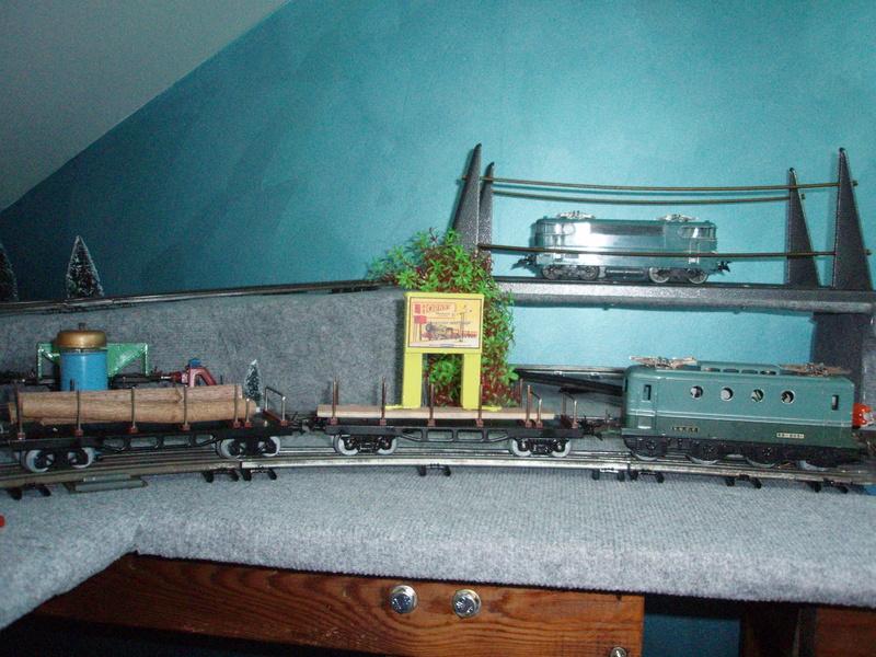 Chargement pour wagons hornby, jep lr,,etc - Page 2 P6110012