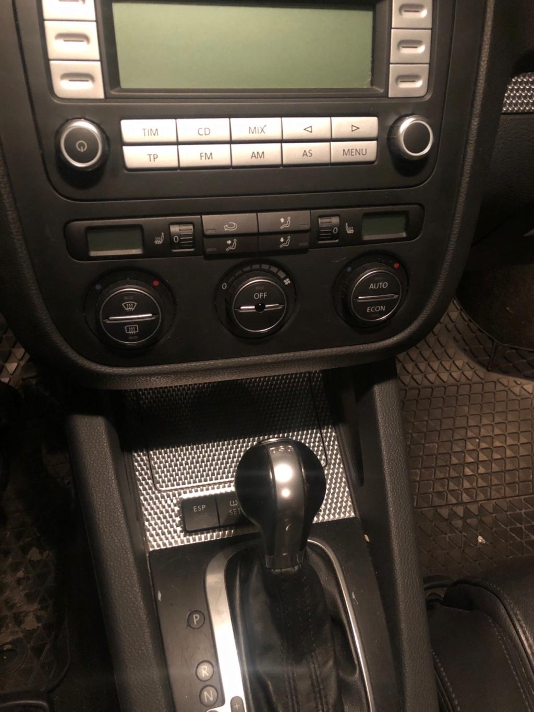 Vends Golf MK5 R32 boîte DSG 5 portes noire 46 000 kms Ec325d10
