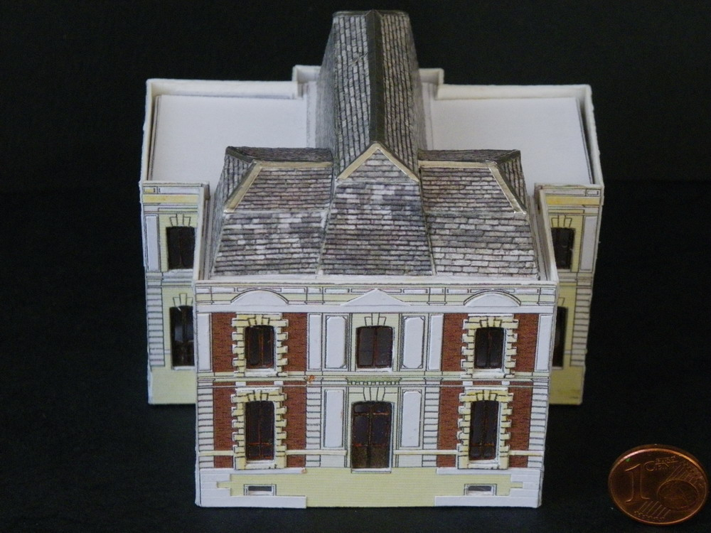 Un château style Louis XIII Imgp1531