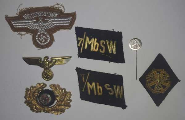 Souvenirs de guerre 2eme DB : Insignes allemands NSKK et Vichy Clot_i14