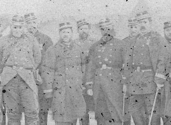 Il y a 150 ans : La défense de Paris, photo Disdéri du 2ème régiment de marche Defens10