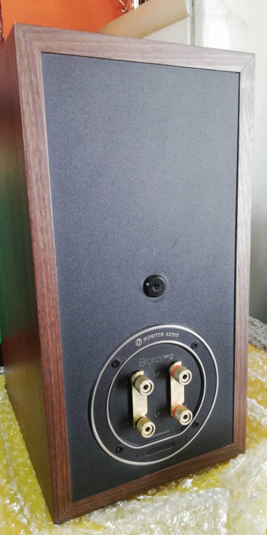 Monitor Audio Bronze bx2 (used)sold 24ad1b10