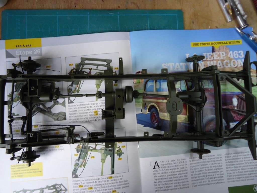 Jeep Willys MB au 1/8ème. Collection Hachette.Par Dan le Cévenol - Page 3 Dsc01239