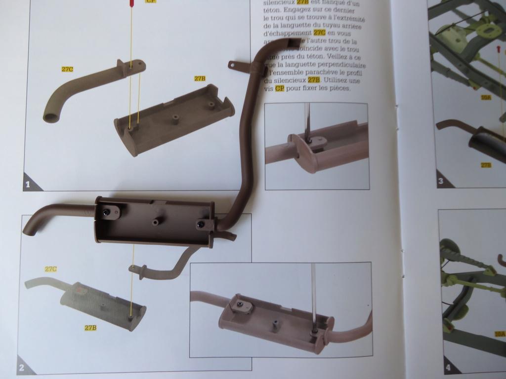 Jeep Willys MB au 1/8ème. Collection Hachette.Par Dan le Cévenol - Page 3 Dsc01241