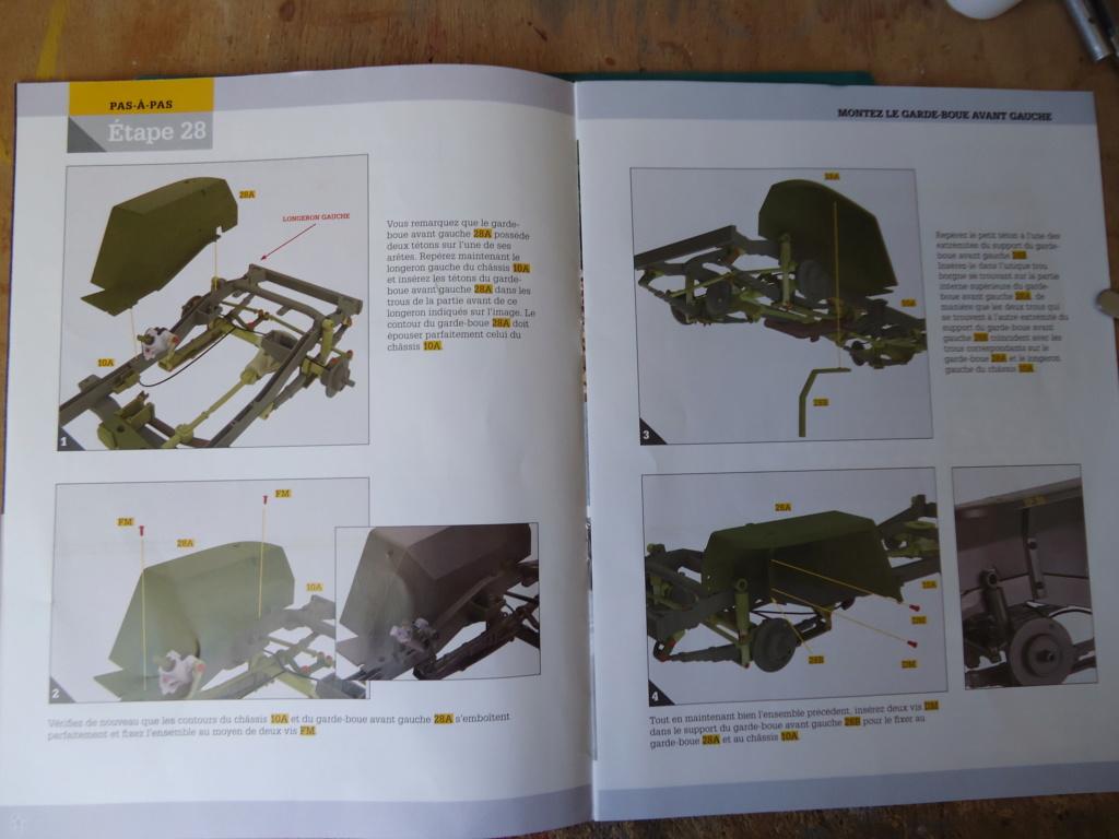 Jeep Willys MB au 1/8ème. Collection Hachette.Par Dan le Cévenol - Page 3 Dsc01245