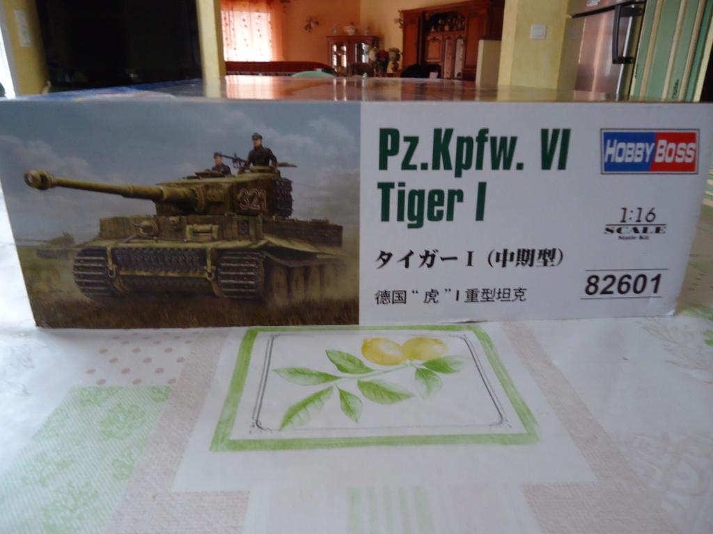 Le Panzerkampfwagen VI Tiger Ausf. E de Hobby Boss au 1/16  Par Dan le Cévenol Dsc01570