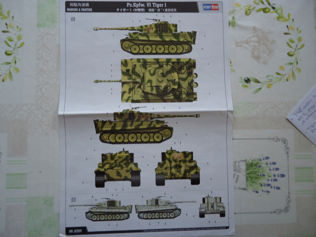Le Panzerkampfwagen VI Tiger Ausf. E de Hobby Boss au 1/16  Par Dan le Cévenol Dsc01581