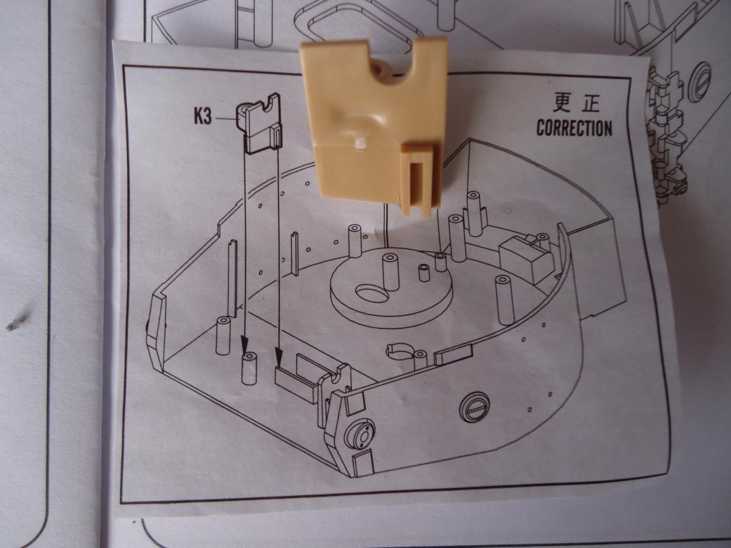 Le Panzerkampfwagen VI Tiger Ausf. E de Hobby Boss au 1/16  Par Dan le Cévenol - Page 3 Dsc01720