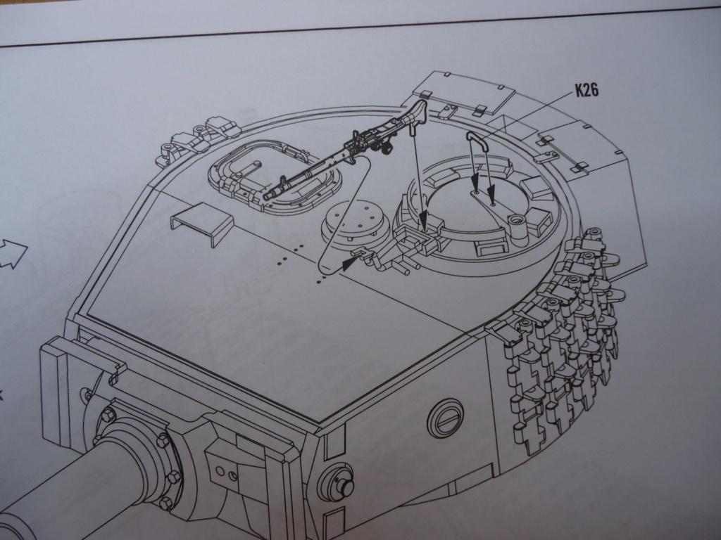 Le Panzerkampfwagen VI Tiger Ausf. E de Hobby Boss au 1/16  Par Dan le Cévenol - Page 3 Dsc01731