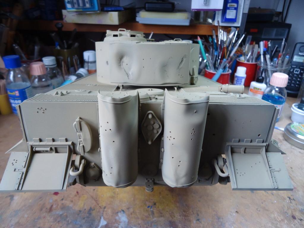Le Panzerkampfwagen VI Tiger Ausf. E de Hobby Boss au 1/16  Par Dan le Cévenol - Page 4 Dsc01780