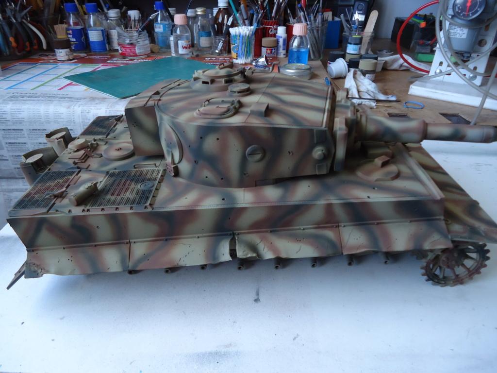 Le Panzerkampfwagen VI Tiger Ausf. E de Hobby Boss au 1/16  Par Dan le Cévenol - Page 4 Dsc01822