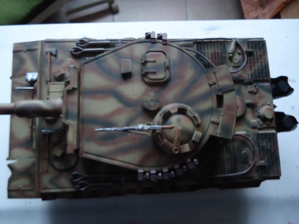 Le Panzerkampfwagen VI Tiger Ausf. E de Hobby Boss au 1/16  Par Dan le Cévenol - Page 7 Dsc02051