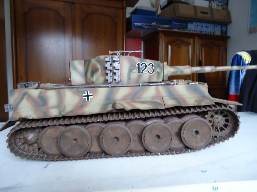 Le Panzerkampfwagen VI Tiger Ausf. E de Hobby Boss au 1/16  Par Dan le Cévenol - Page 7 Dsc02056