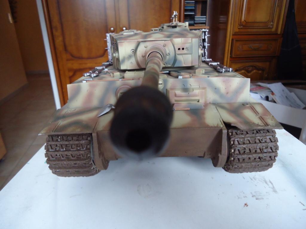 Le Panzerkampfwagen VI Tiger Ausf. E de Hobby Boss au 1/16  Par Dan le Cévenol - Page 7 Dsc02060