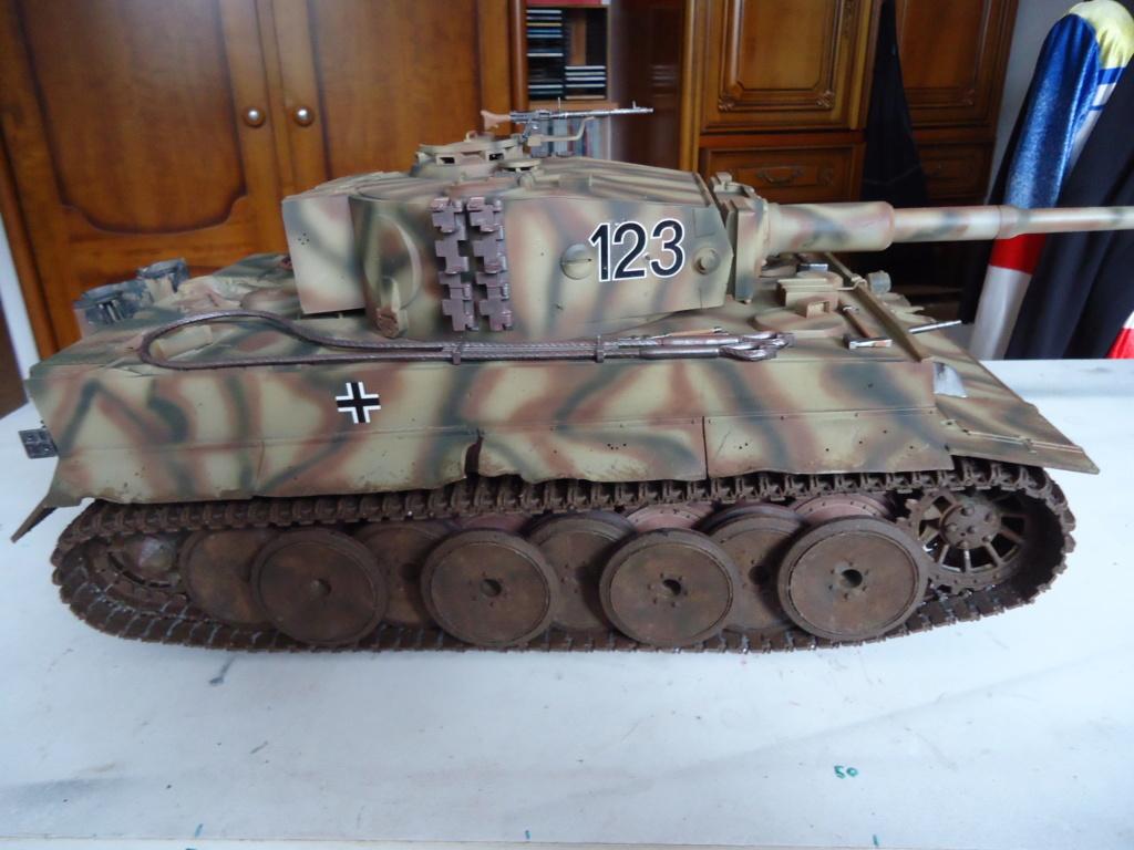 Le Panzerkampfwagen VI Tiger Ausf. E de Hobby Boss au 1/16  Par Dan le Cévenol - Page 7 Dsc02062