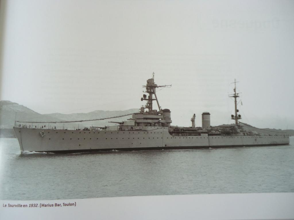 Croiseur Georges LEYGUES  au 1/100 sur plan - Page 2 Dsc02537