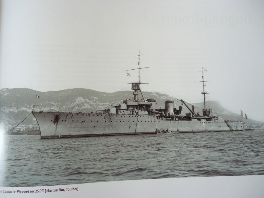 Croiseur Georges LEYGUES  au 1/100 sur plan - Page 2 Dsc02543