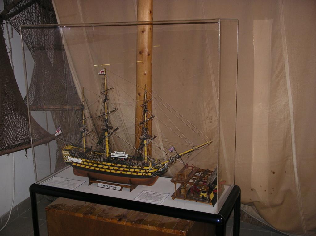 HMS-VICTORY au 1:75 Imgp0217