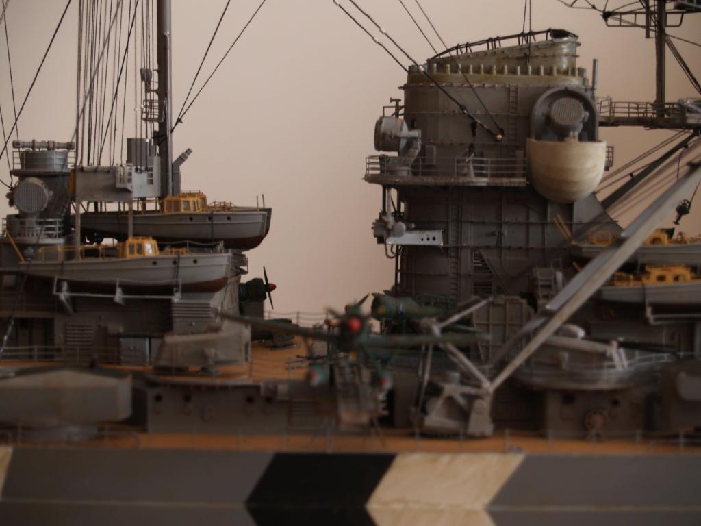 Le Bismarck au 1 / 200 P1010923