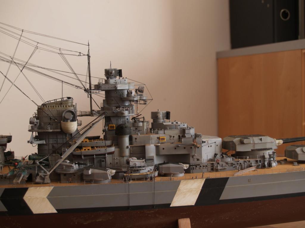 Le Bismarck au 1 / 200 P1010924
