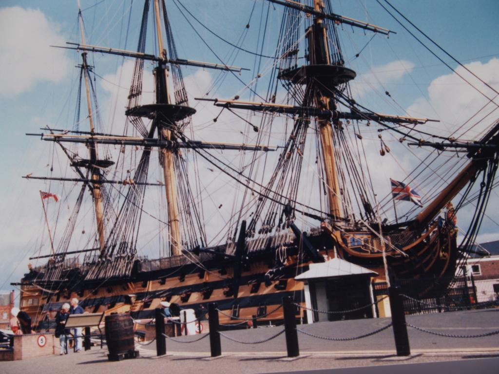 HMS-VICTORY au 1:75 P1011128