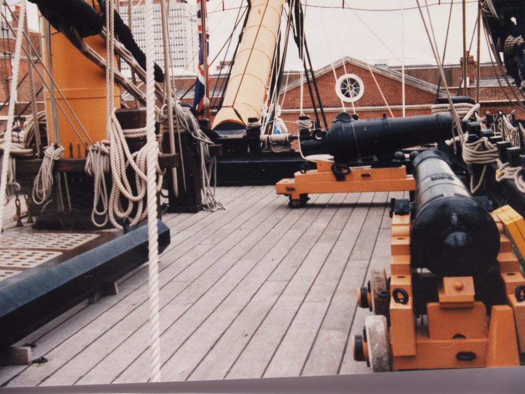 HMS-VICTORY au 1:75 P1011133