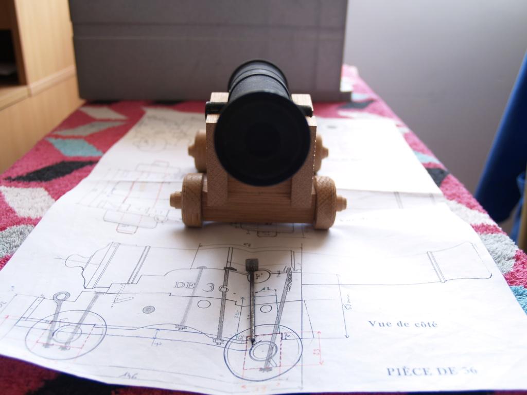 Canons pour le vaisseau de 74 canons - Page 13 P1011160