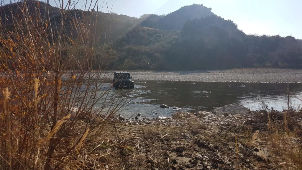 Guado del fiume (mini video) Whatsa10