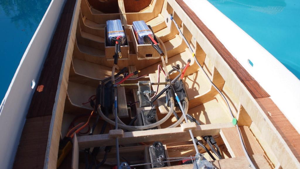 Yacht Léopard 27 Open (plan BM 1/20°) de albatros55 - Page 4 P6281212
