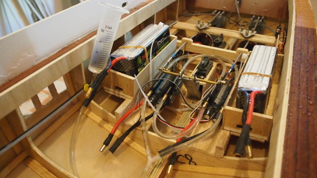 Yacht Léopard 27 Open (plan BM 1/20°) de albatros55 - Page 4 P7021211