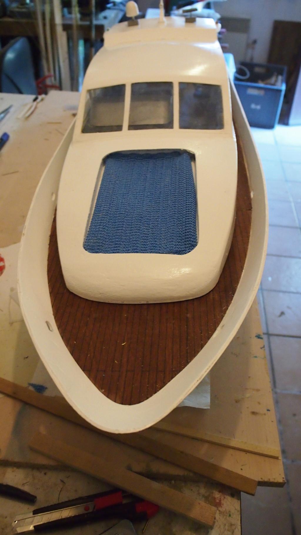 Yacht Léopard 27 Open (plan BM 1/20°) de albatros55 - Page 4 P7041210