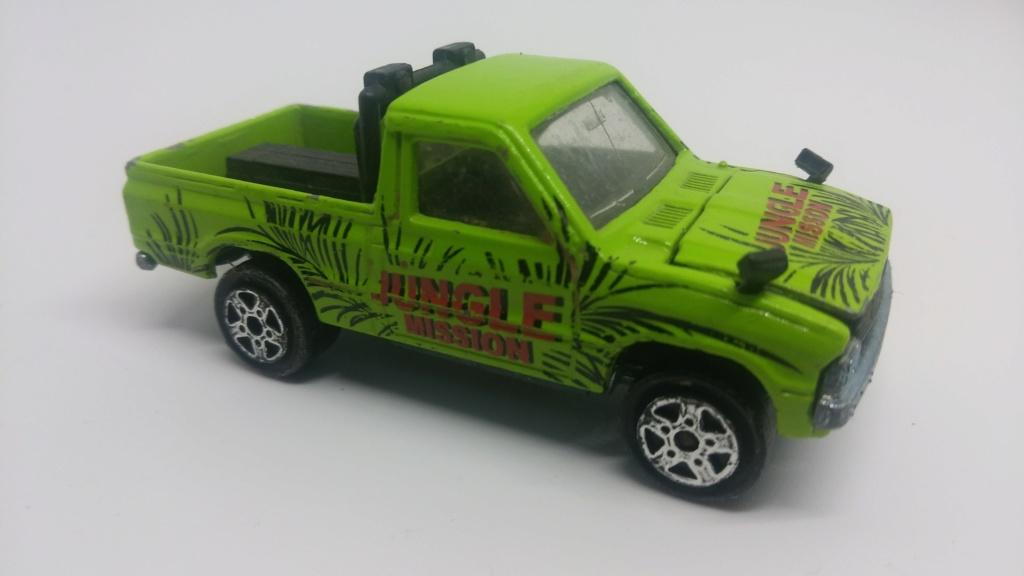 N°292 4x4 Toyota pick-up. 20190251