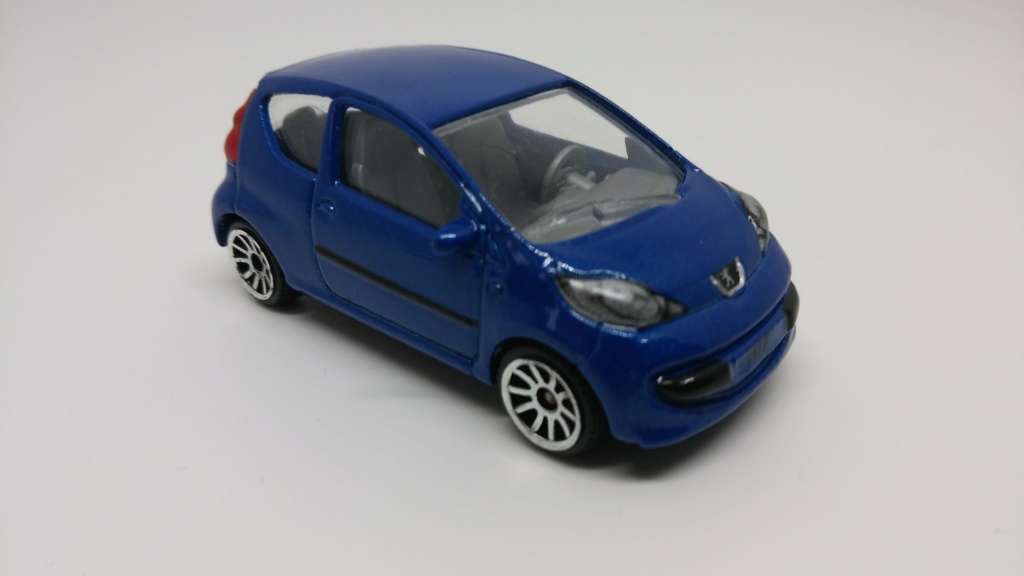 N°205F : Peugeot 107 20190420