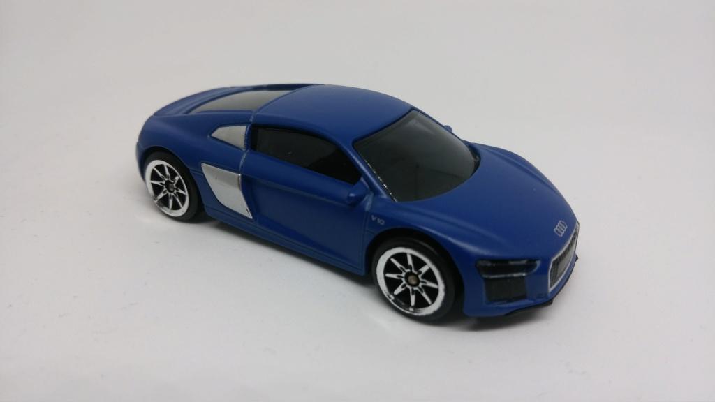 N°237F AUDI R8 V10 ( MOULE MAJORETTE )  Audi_r12