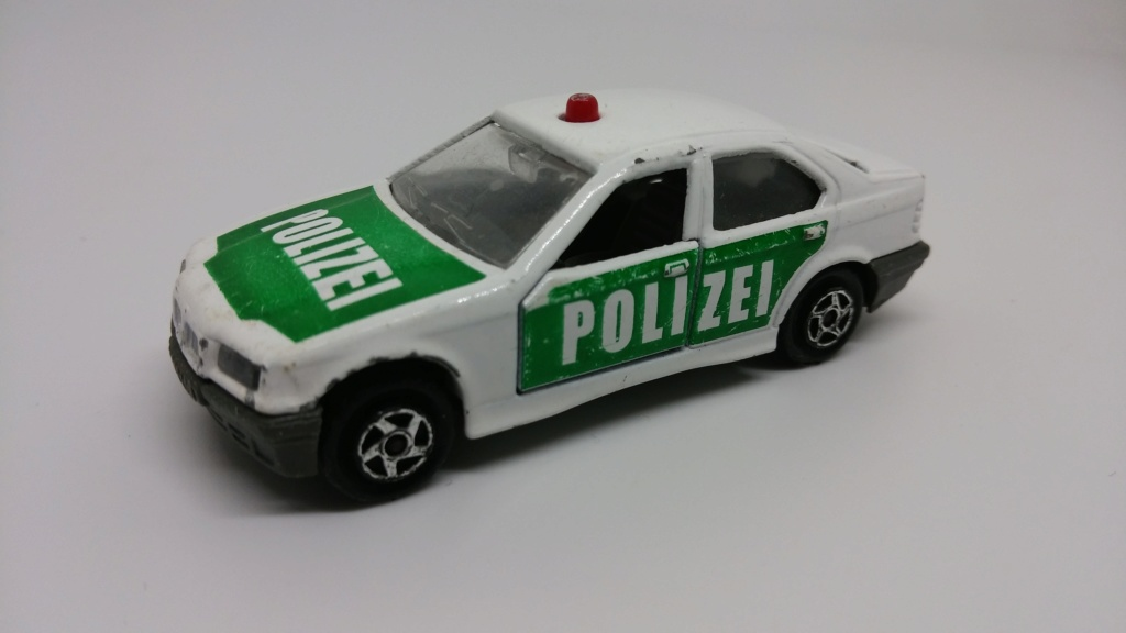 N°257A BMW 325i E36 POLICE Bmw_3-11