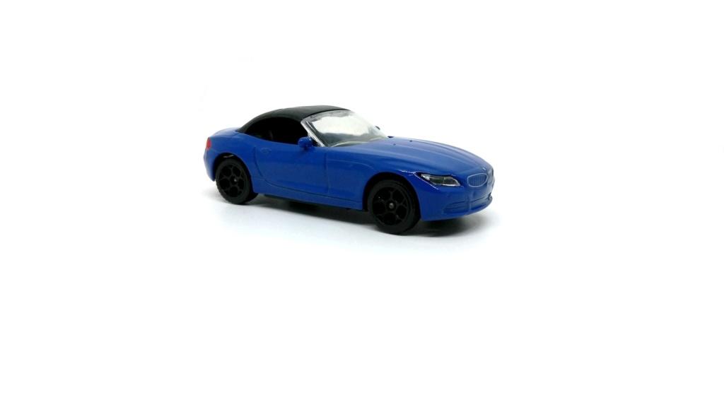 N°244F BMW Z4 ROADSTER Bmw_z410