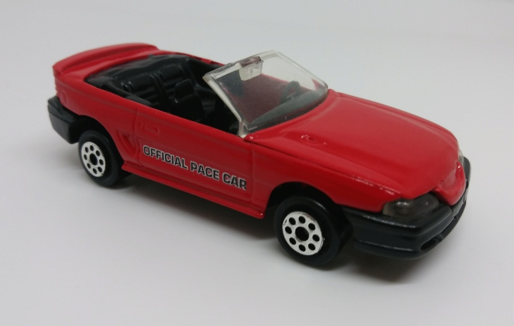 N°203 FORD MUSTANG GT CABRIOLET Ford_m20
