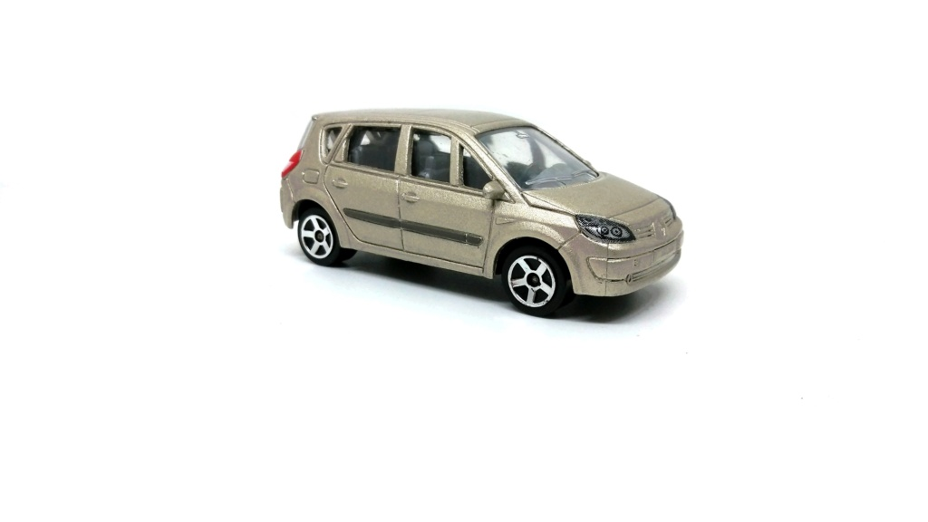N°221D Renault Scénic II Renaul17