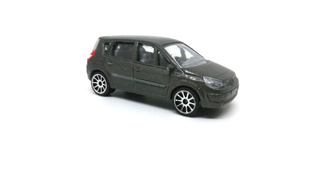 N°221D Renault Scénic II Renaul23