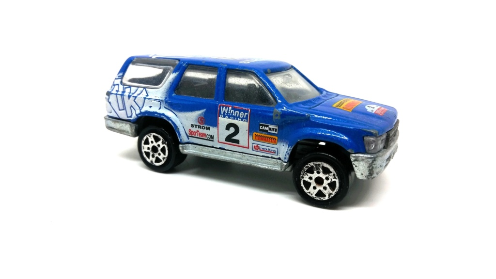 N°276 Toyota Runner Toyota41