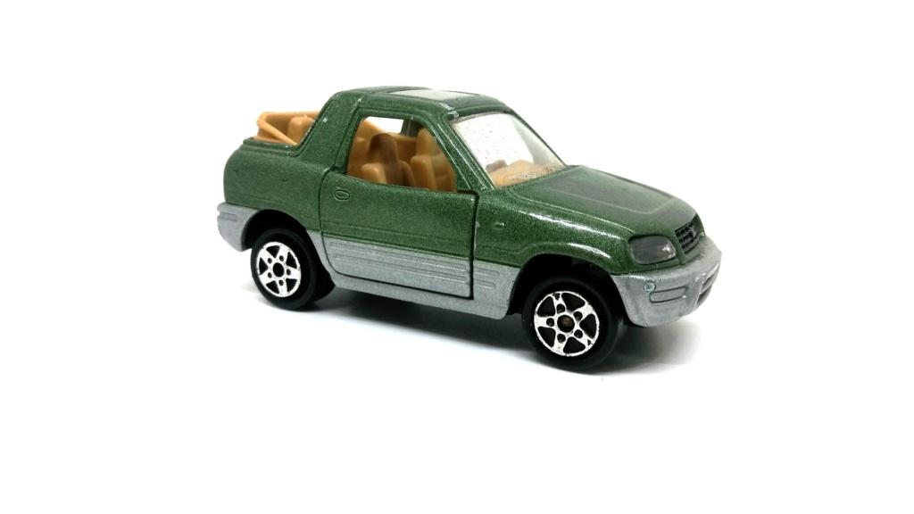 N°230 Toyota RAV4 Toyota47