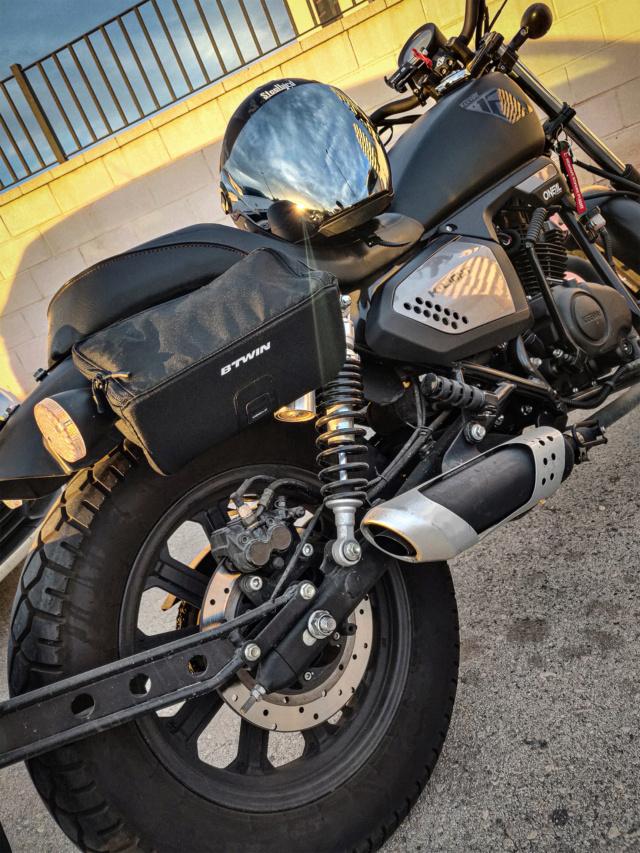 Algunas chuches para mi moto 0111