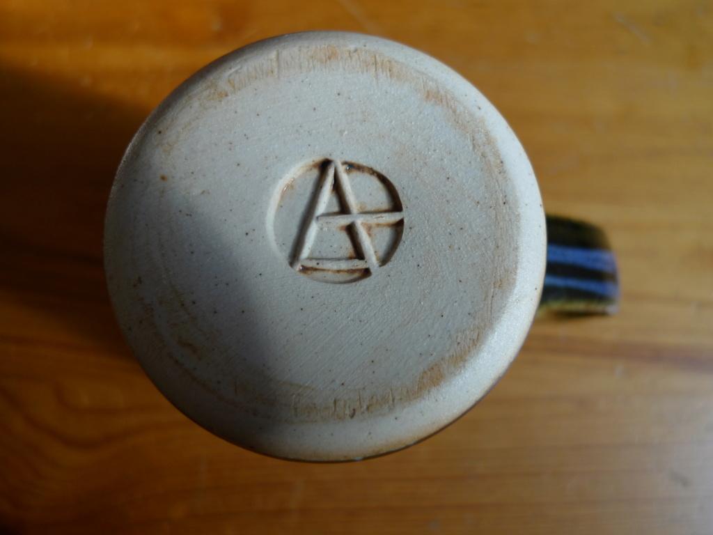 ID pottery stamp, mug - Dartington Pottery  May20110