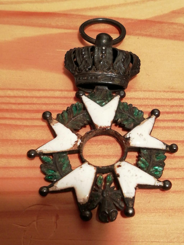 Légion d'honneur sans pastilles centrale.  Img_1112