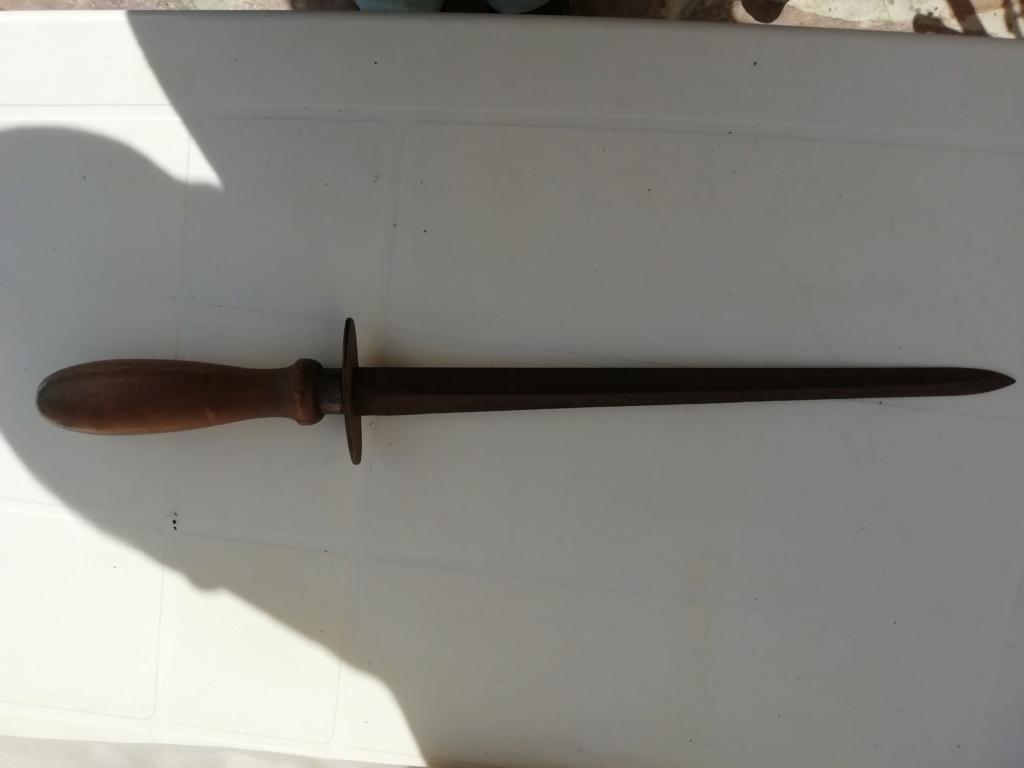 Dague italienne ?  Img_2249
