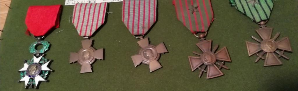 Trouvaille médailles en cadre et autres.  Img_2309