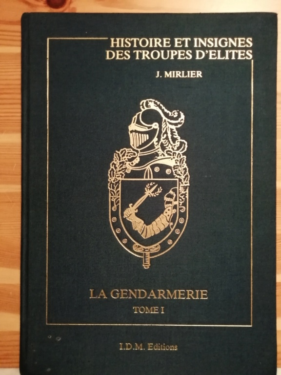Insigne gendarmerie fabrication Drago Olivier Métra H. 696 Img_2889